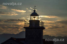 Maják Sučuraj, letovisko Sučuraj, ostrov Hvar